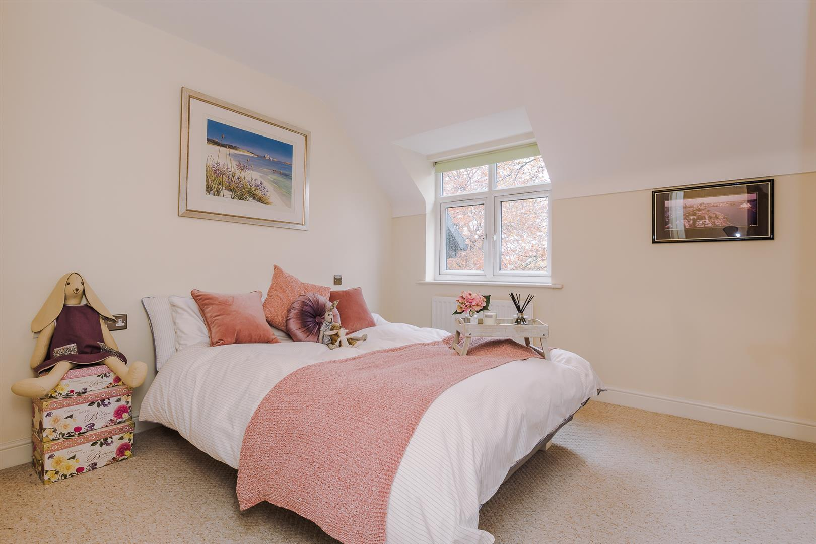 2 Bedroom Apartment Sale Agreed Image 11